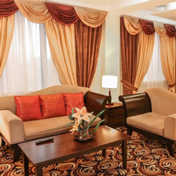 Have a Hassle-Free Prenup Shoot at Bayview Park Hotel Manila!