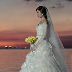 Having Creative Wedding Photos With Smart Shot Studios