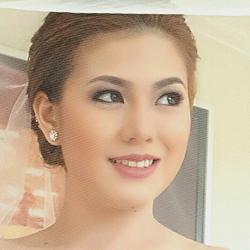 Lindsay Lin: Saving Brides from Makeup Disasters