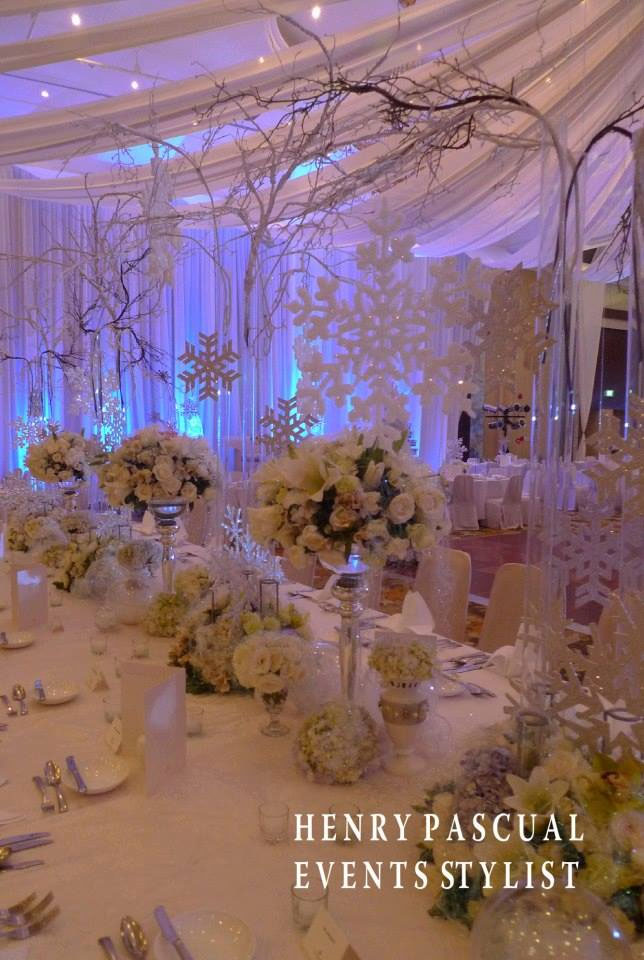Christmas wedding themes wedding article kasal the though we dont have a white christmas here in the philippines it doesnt mean we cannot dream of it for our own wedding junglespirit Choice Image