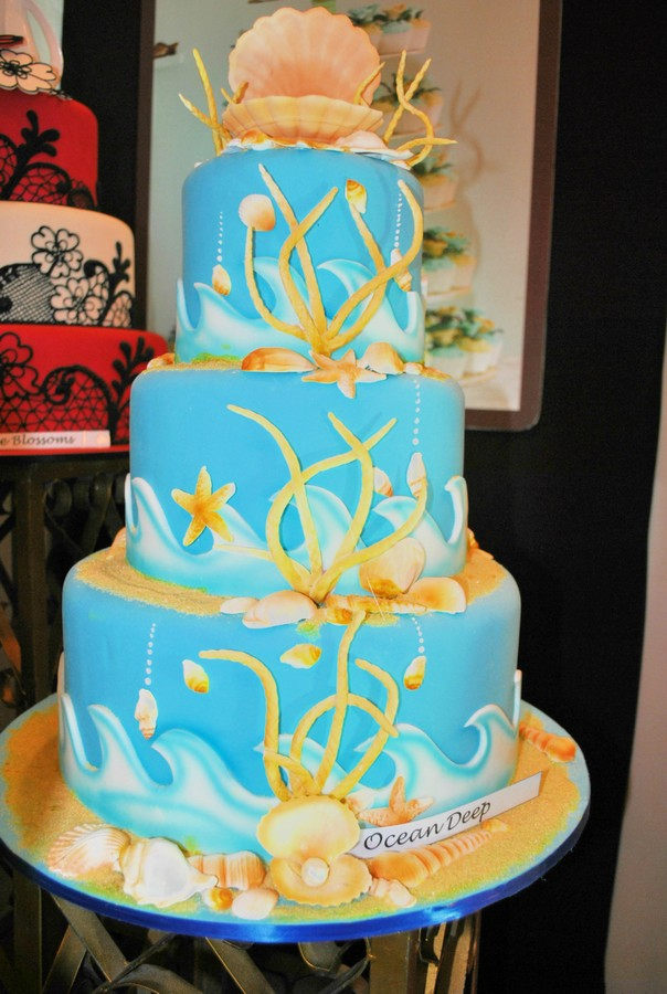 Goldilocks Cake Design For Christening : Goldilocks Negros Occidental Wedding Cake Shops Negros ...
