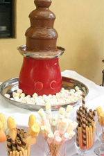 Chocolate fountain by Cooking Pot