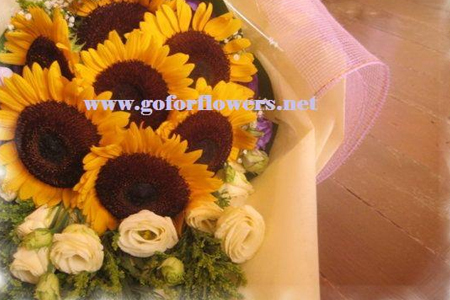 Wedding Bouquet by Go For Flowers & Event Styling