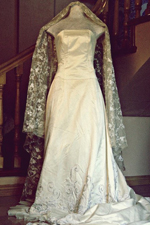 vintage-themed wedding dress