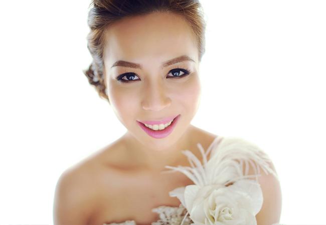Good Wedding Makeup Artist : Bridal Makeup 101: Finding the Right Makeup Artist for You ...