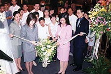 Mandarin Oriental Hotel team formally opens Precious Moments 5