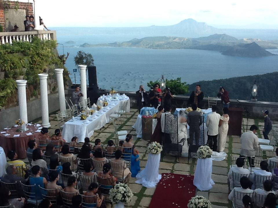 Get Amazing Deals With Ibarras Party Venues Amp Catering Services