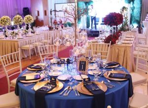city garden grand hotel the grand affair blue themed table setup