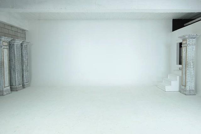 studio namu white background