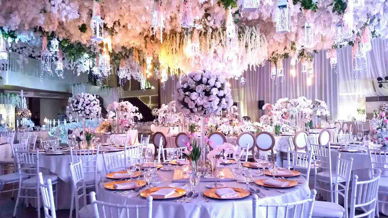 bizu catering studio pink wedding setup