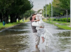 shelley holland viral wedding photo