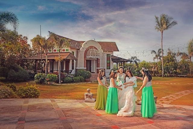 green wedding vignette photography