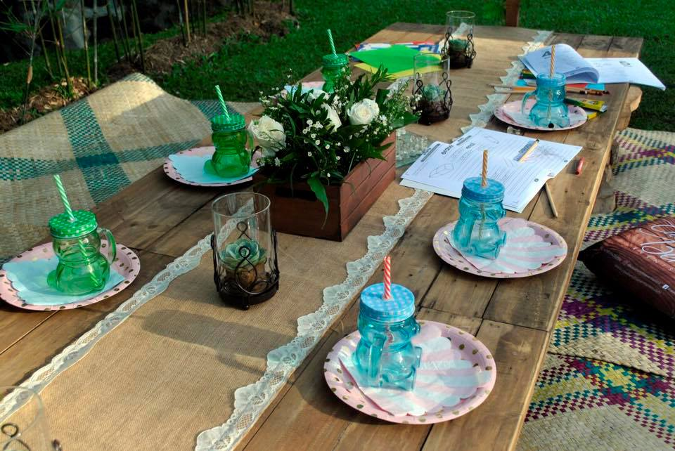 kids table casa bendita
