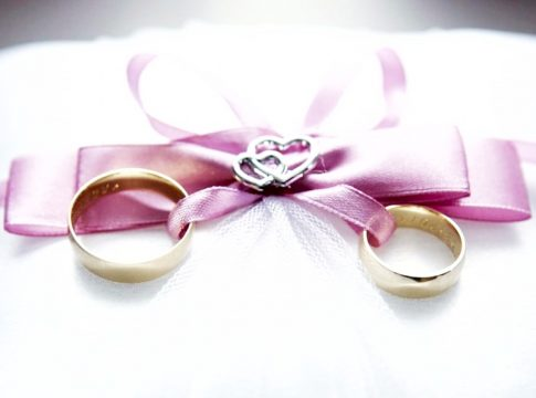 v gem custom wedding rings